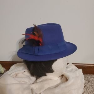 NEW! Fedora hat with feathers